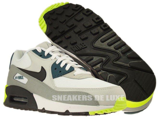 Air Max 90 Essential Leather Womens Shoe White Black